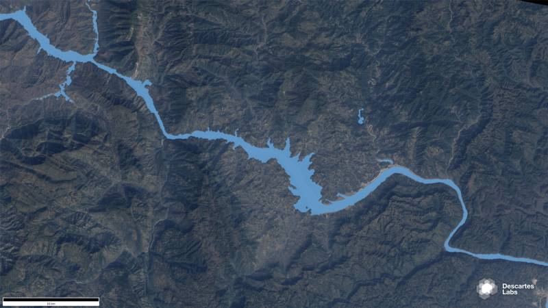 Water extent (shown in blue) in the region surrounding Sandouping, China before (1987) and after (2016) the construction of the Three Gorges Dam